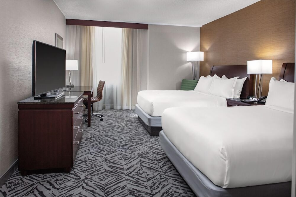 Room, DoubleTree by Hilton Omaha Downtown
