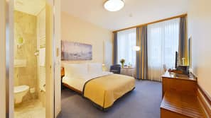 Premium bedding, free minibar, in-room safe, desk