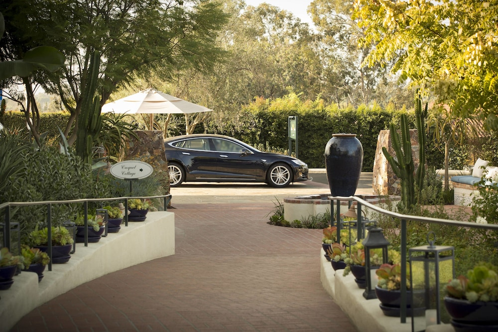 Property Entrance, The Inn At Rancho Santa Fe, a Tribute Portfolio Hotel