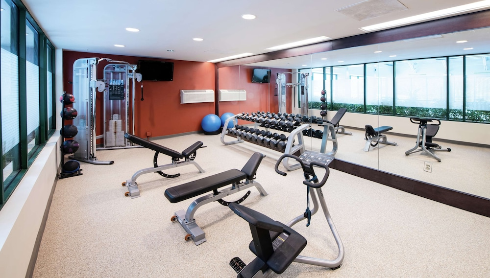 Fitness Facility, DoubleTree Suites by Hilton Philadelphia West
