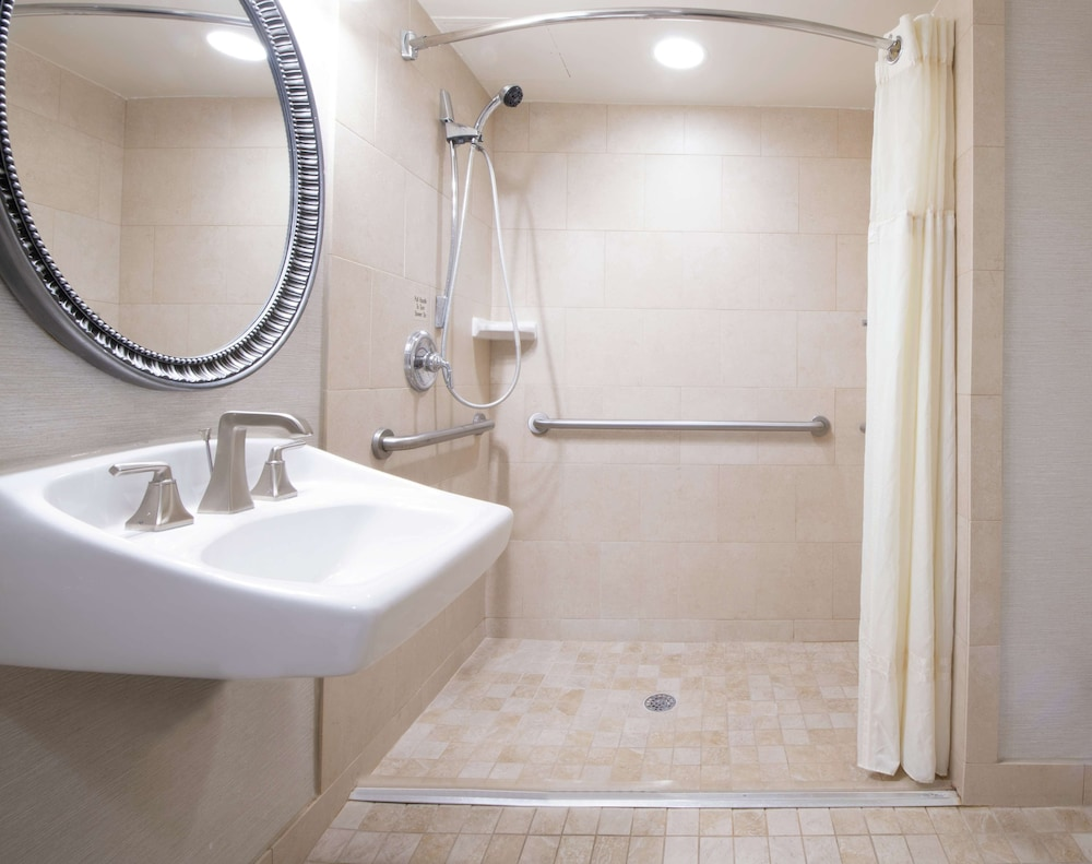 Bathroom, DoubleTree Suites by Hilton Philadelphia West