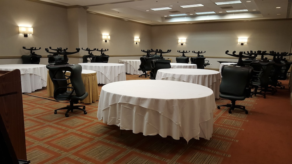 Banquet Hall, DoubleTree Suites by Hilton Philadelphia West