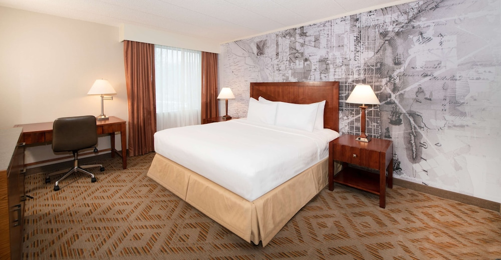 Room, DoubleTree Suites by Hilton Philadelphia West