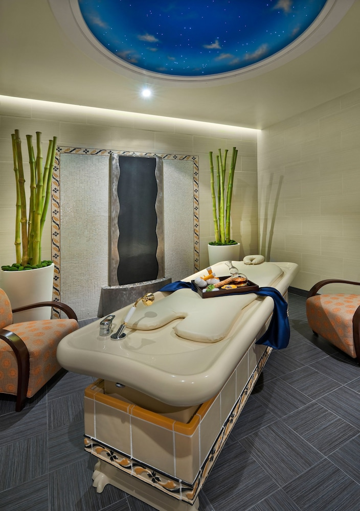 Spa Treatment, Atlantis Casino Resort Spa