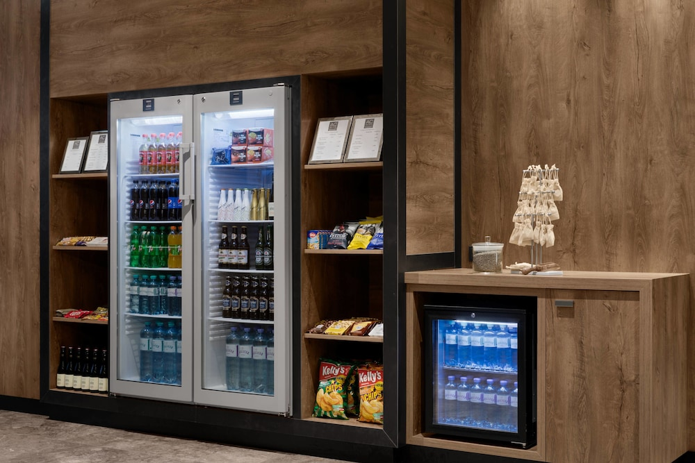 Snack Bar, AC Hotel by Marriott Innsbruck