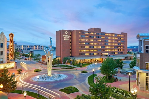 Delta Hotels by Marriott Muskegon Downtown