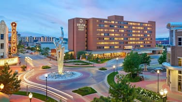 Delta Hotels by Marriott Muskegon Lakeshore Convention Center
