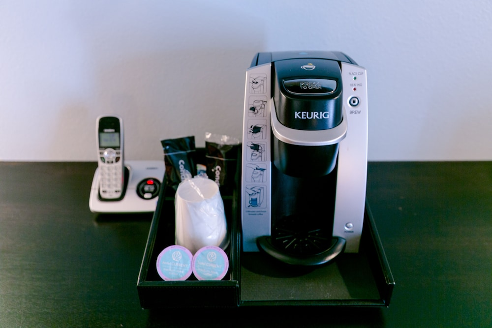 Coffee and/or Coffee Maker, Hotel Current