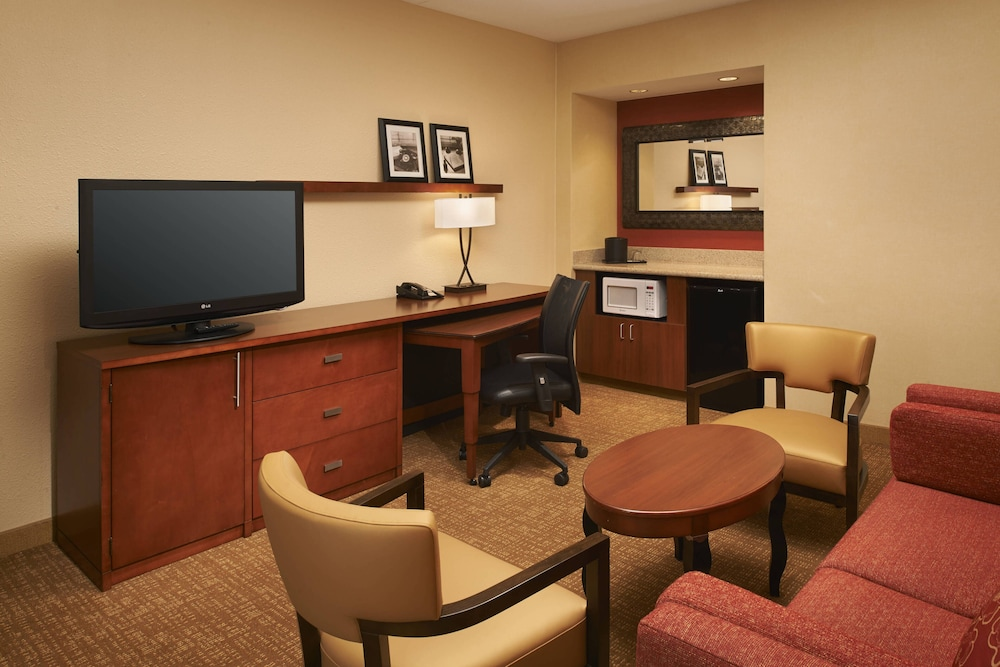 Room, Courtyard by Marriott Toledo Airport Holland