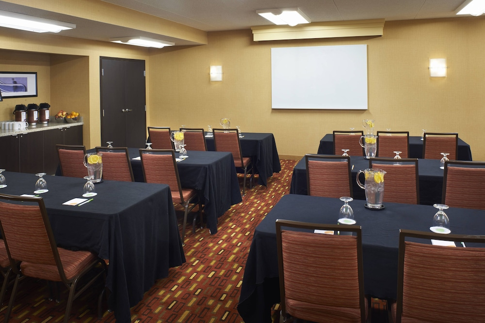 Meeting Facility, Courtyard by Marriott Toledo Airport Holland