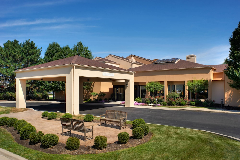 Exterior, Courtyard by Marriott Toledo Airport Holland