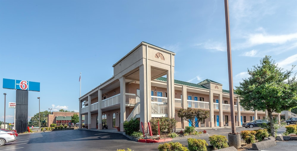 Exterior, Motel 6 Kingsport, TN