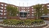 Ramada Plaza Dartmouth Park Place - Dartmouth Hotels