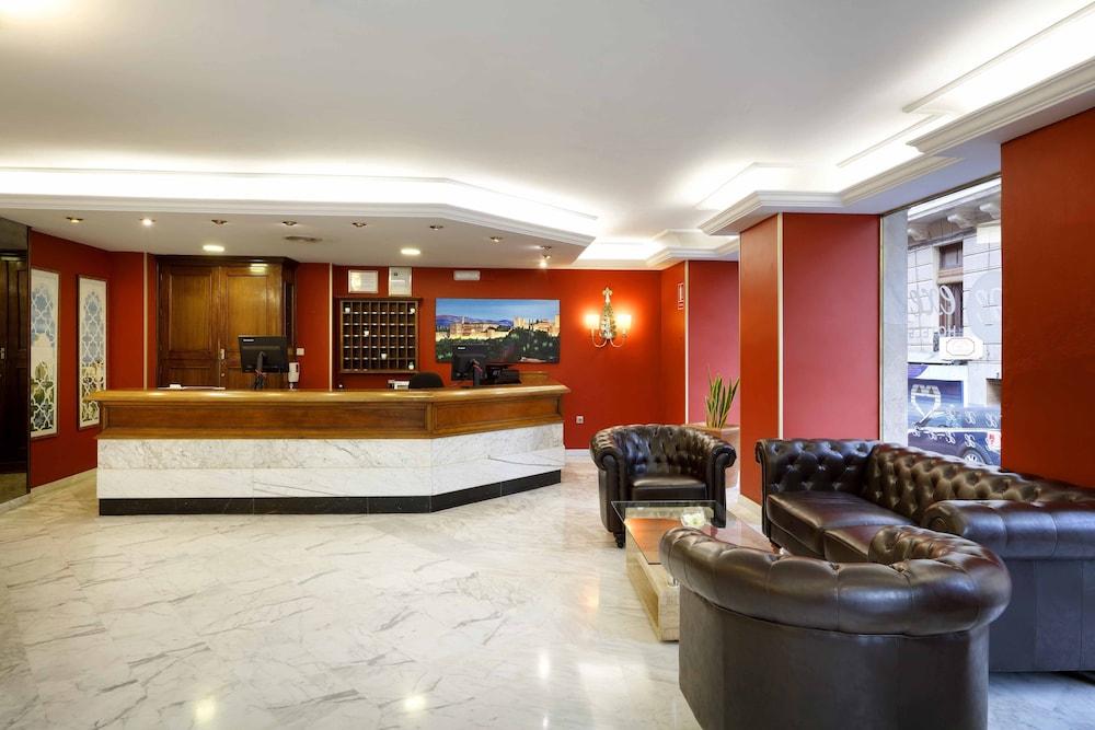 Vasca Da Bagno Spagnolo : Hotel exe triunfo granada spagna expedia.it