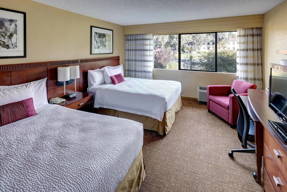 Room, Courtyard by Marriott San Diego - Rancho Bernardo