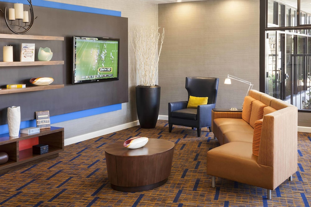 Lobby, Courtyard by Marriott San Diego - Rancho Bernardo