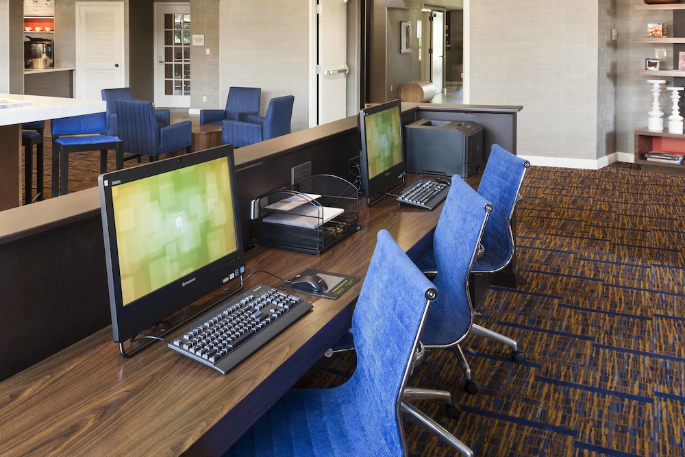 Business Center, Courtyard by Marriott San Diego - Rancho Bernardo