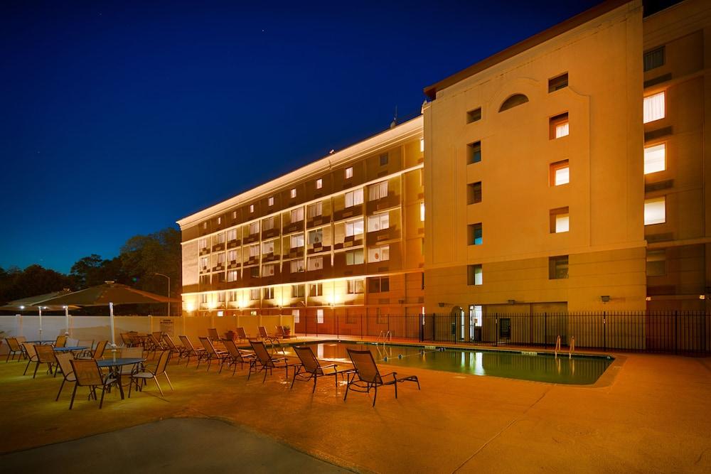 red lion hotel atlanta airport atlanta 2019 room prices. Black Bedroom Furniture Sets. Home Design Ideas
