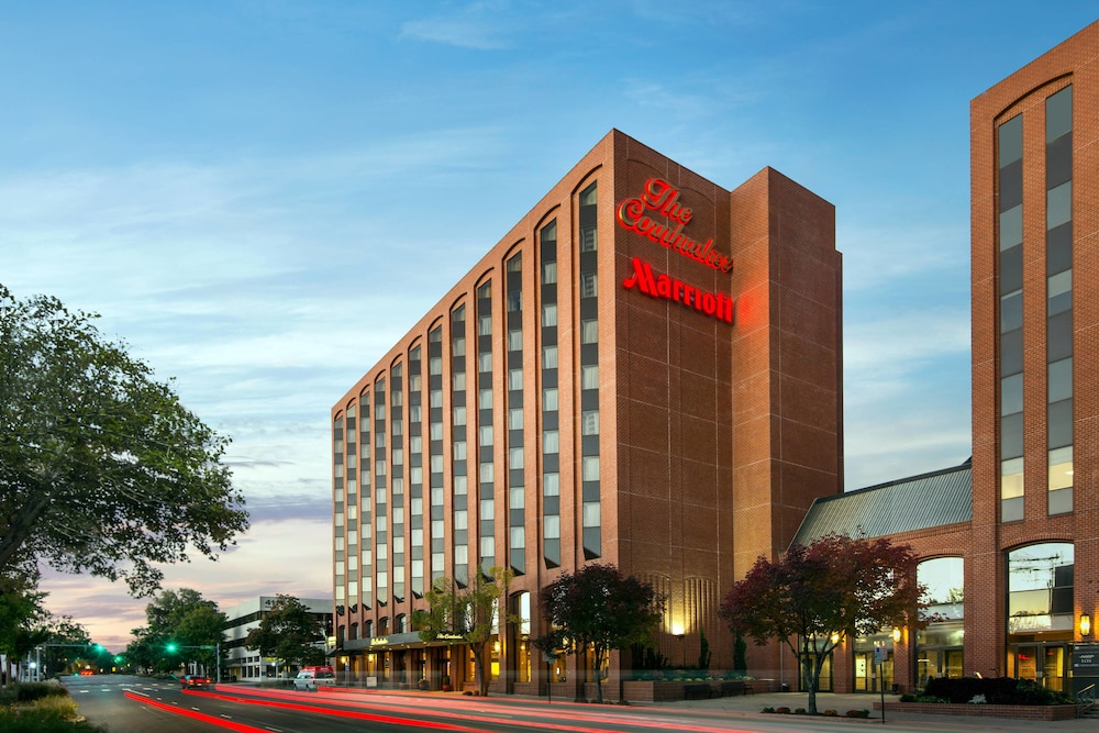 Featured Image, The Lincoln Marriott Cornhusker Hotel