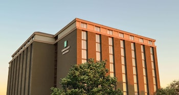 Embassy Suites Austin Central