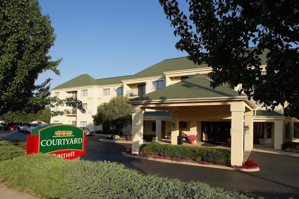 Courtyard By Marriott State College Deals Reviews State