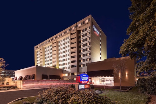 Great Place to stay Fairfield Inn & Suites by Marriott Charlotte Uptown near Charlotte