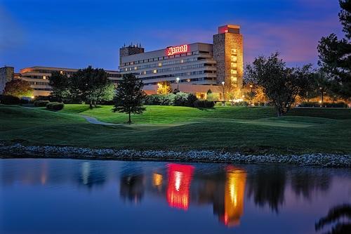 Great Place to stay Lexington Griffin Gate Marriott Resort & Spa near Lexington