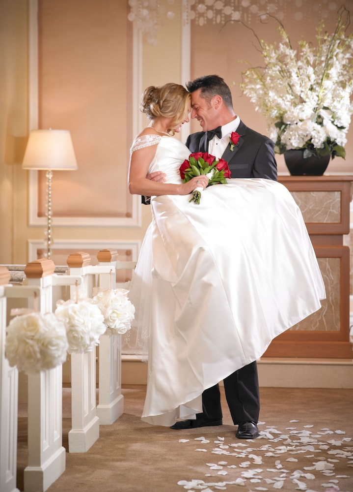 Indoor Wedding, TI - Treasure Island Hotel and Casino
