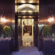 호텔 입구