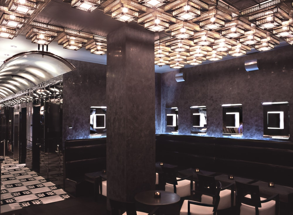 Dining, Night hotel by SB at Times Square