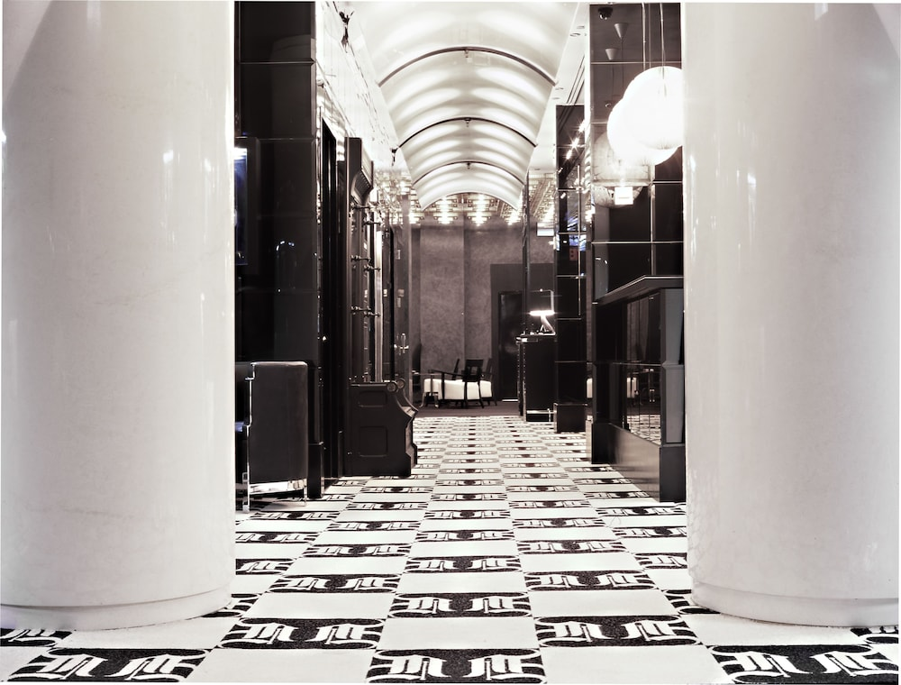 Interior Entrance, Night hotel by SB at Times Square
