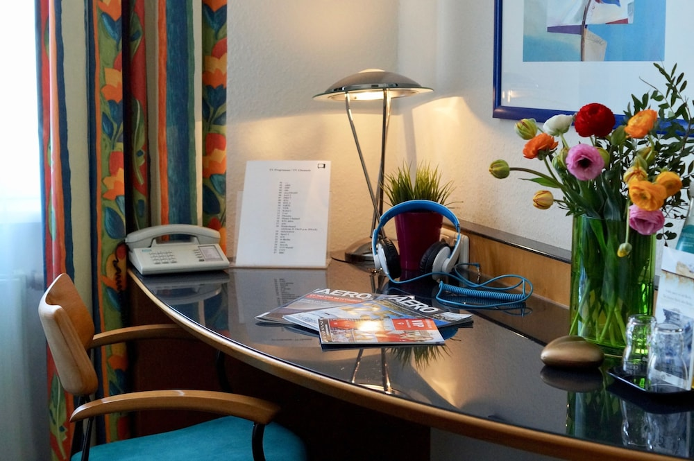 In-Room Business Center, Grand Hostel Berlin Urban