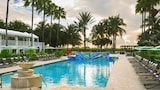 Kimpton Surfcomber Hotel - Miami Beach Hotels