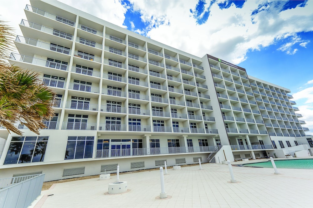 Exterior, Holiday Inn Express & Suites Panama City Beach - Beachfront