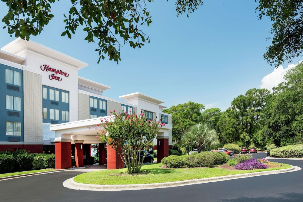 Exterior, Hampton Inn Morehead City