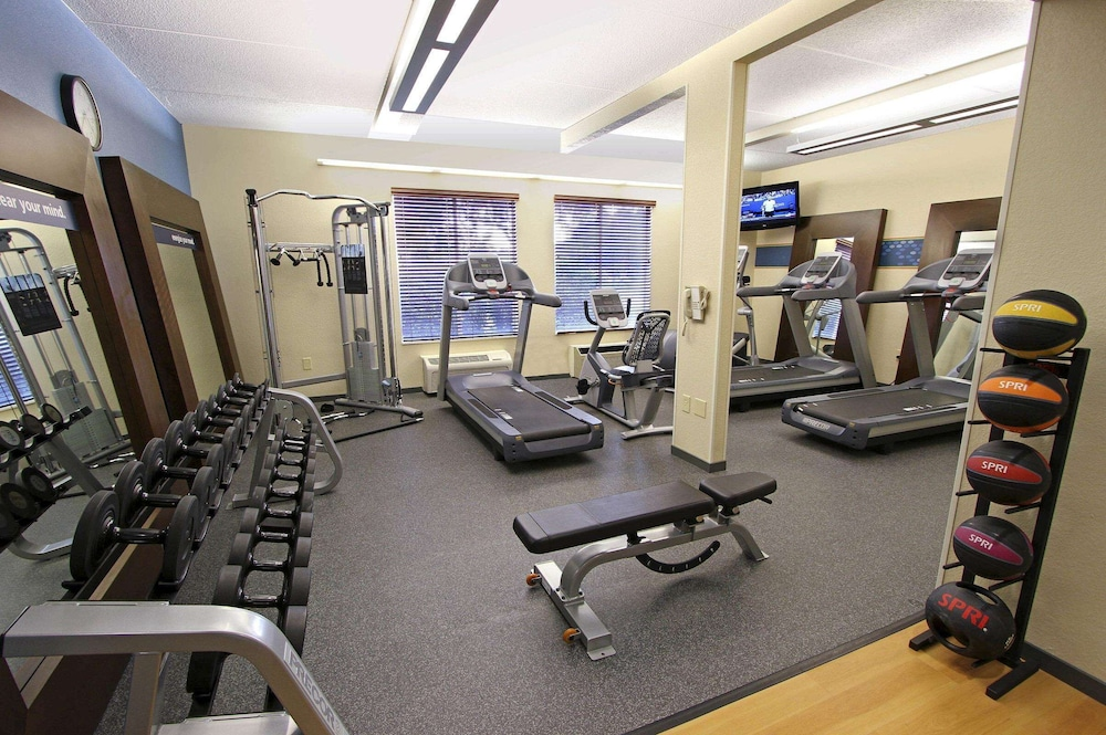 Fitness Facility, Hampton Inn Morehead City