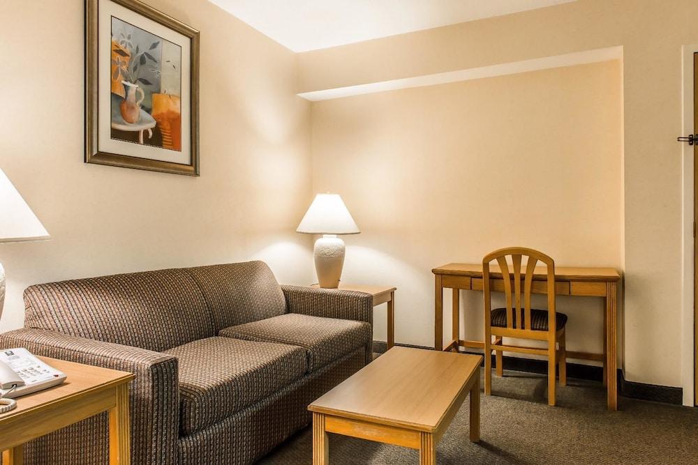 служителями федеральной гостиницы в верхотурье адреса с фото номеров прыщи ногах чаще