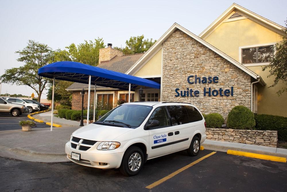 chase suite hotel overland park in overland park hotel. Black Bedroom Furniture Sets. Home Design Ideas