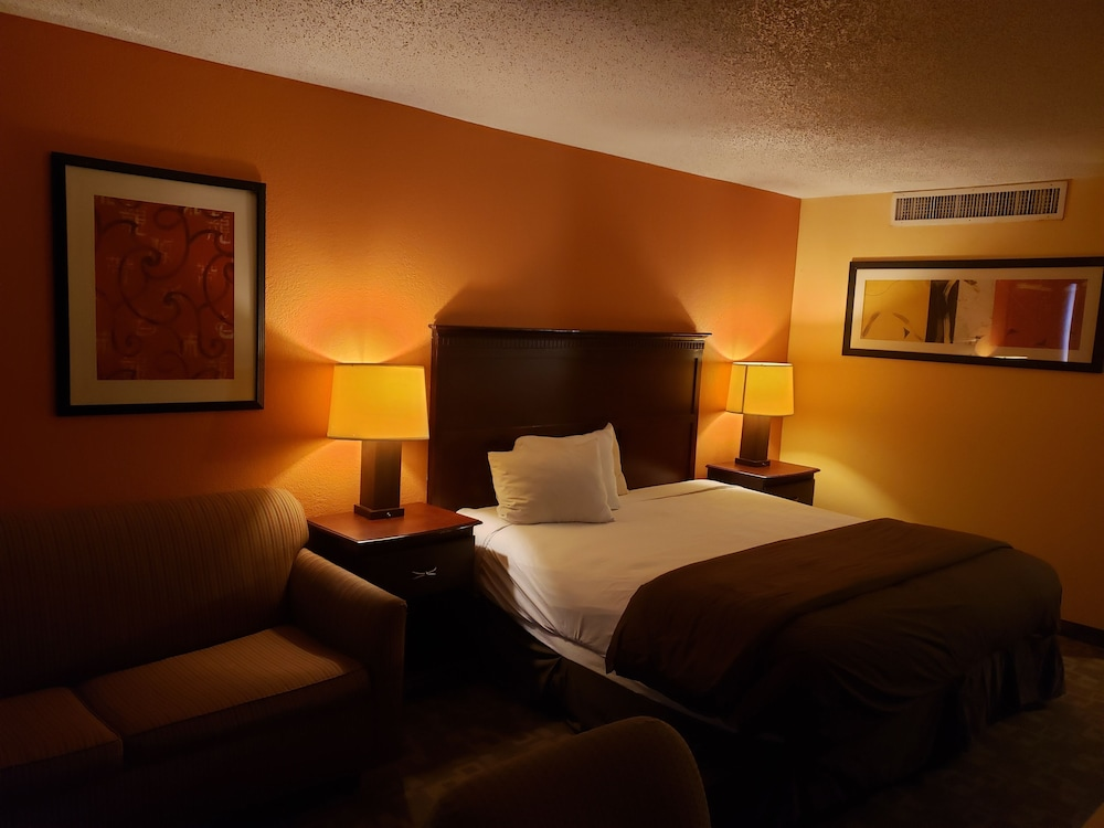 Room, DFW Airport Hotel and Conference Center
