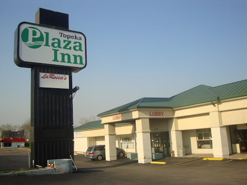 Great Place to stay Topeka Plaza Inn near Topeka