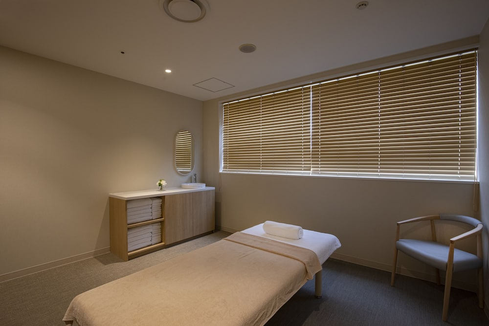 Treatment Room, Hilton Nagoya