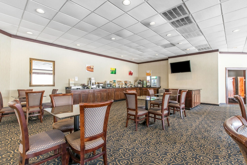 Dining, Days Inn & Suites by Wyndham Havelock