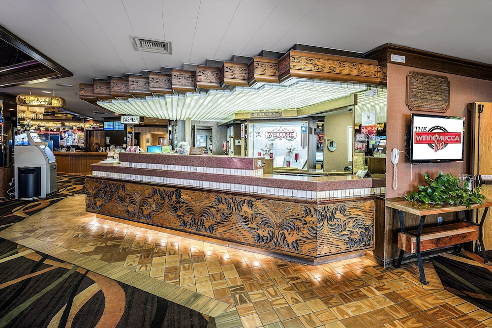 Lobby, Winnemucca Inn & Casino