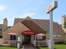 Hawthorn Suites by Wyndham Wichita East