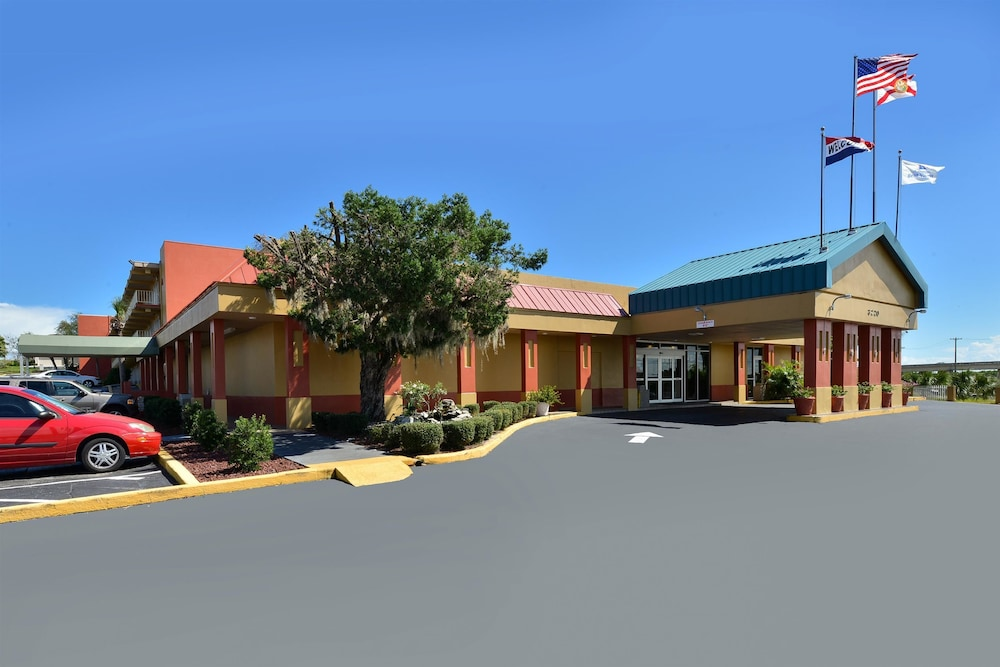 Property Entrance, Americas Best Value Inn Cocoa Port Canaveral