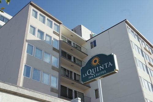 La Quinta Inn & Suites by Wyndham Seattle Downtown