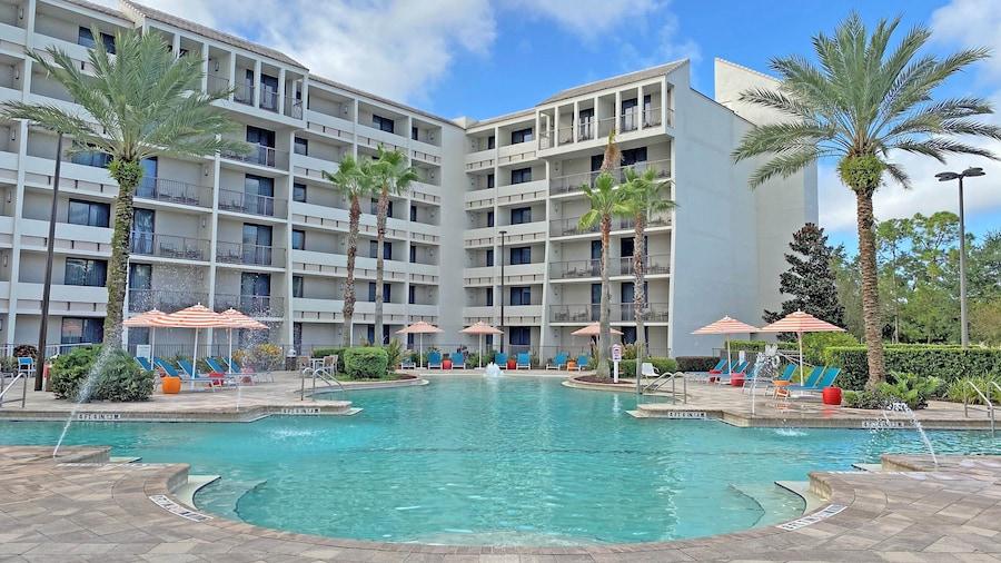 Holiday Inn Orlando - Disney Springs® Area, an IHG Hotel