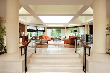 DoubleTree by Hilton Boston - Bedford Glen