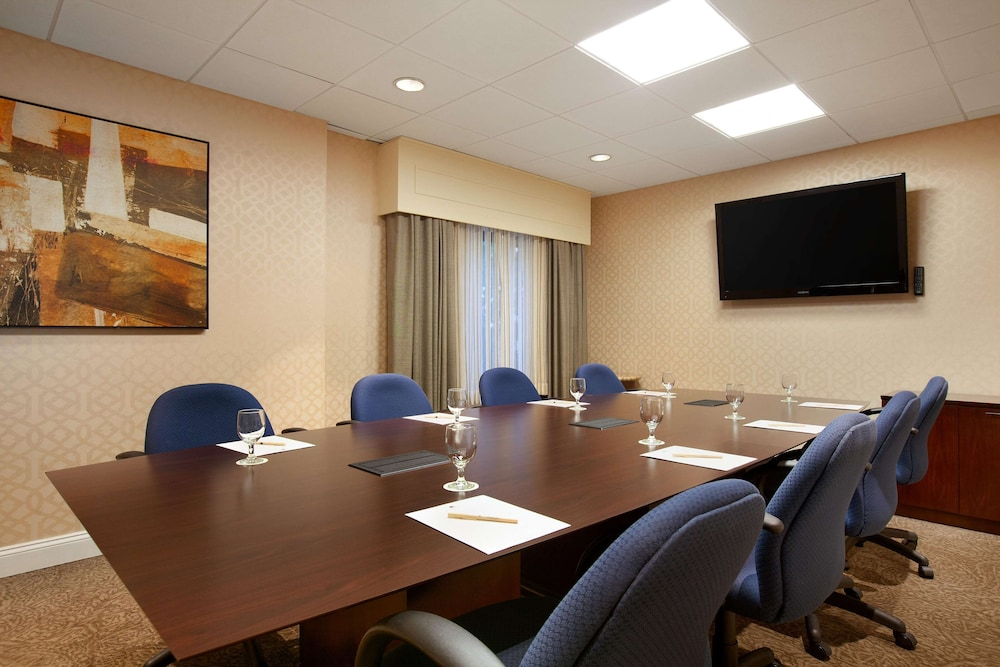 Meeting Facility, DoubleTree by Hilton Hotel Boston - Bedford Glen