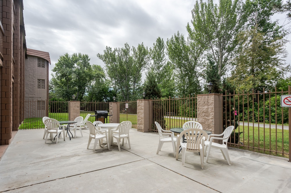 Property Grounds, Cottonwood Suites Boise Riverside Downtown